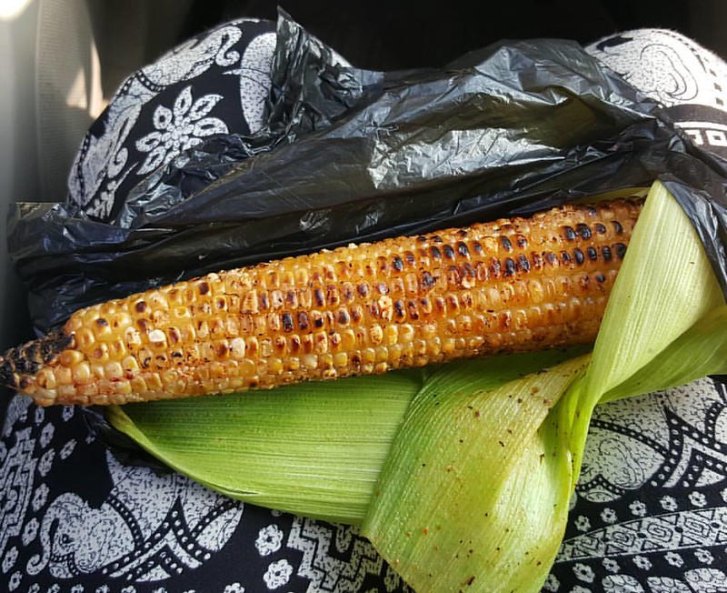 Makes me think of Nigeria and Mexico at the same time. We have so much in common across borders and cultures #streetfood #corn #inseason #diningindar #daressalaam #limes #piripiri #streetsnacks #roastedcorn