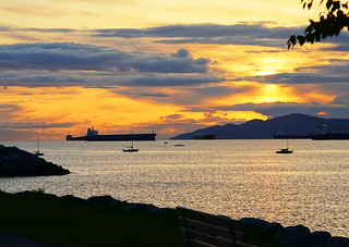 Vancouver Ocean View at Sunset | by TOTORORO.RORO