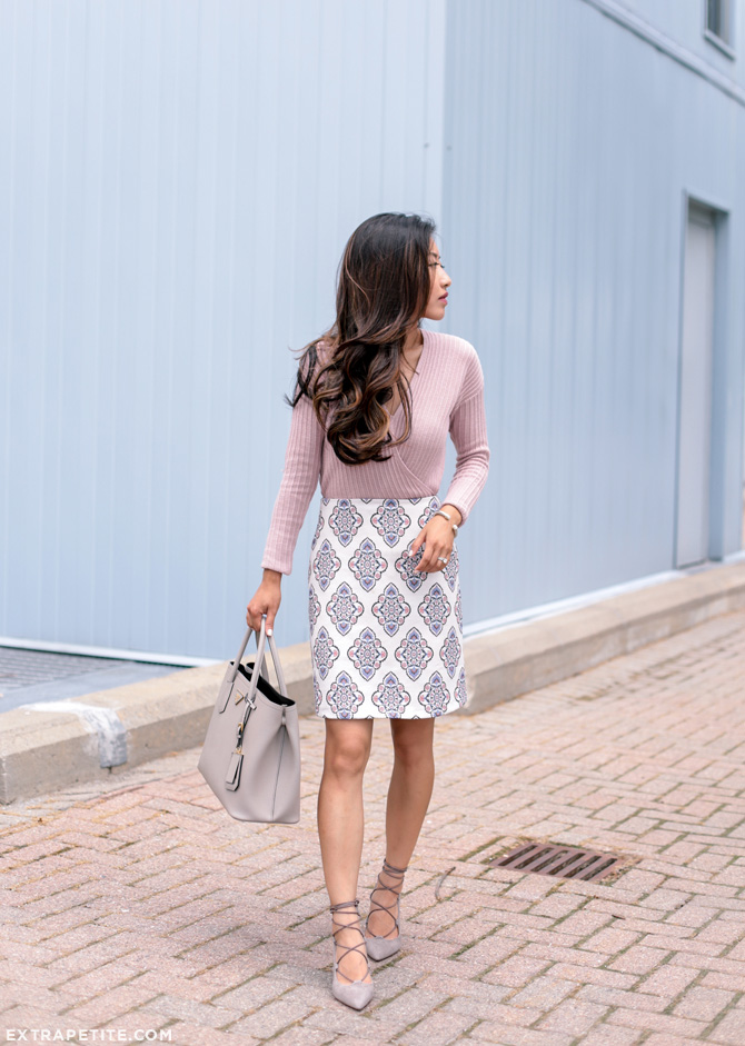 business casual work outfit idea pink gray