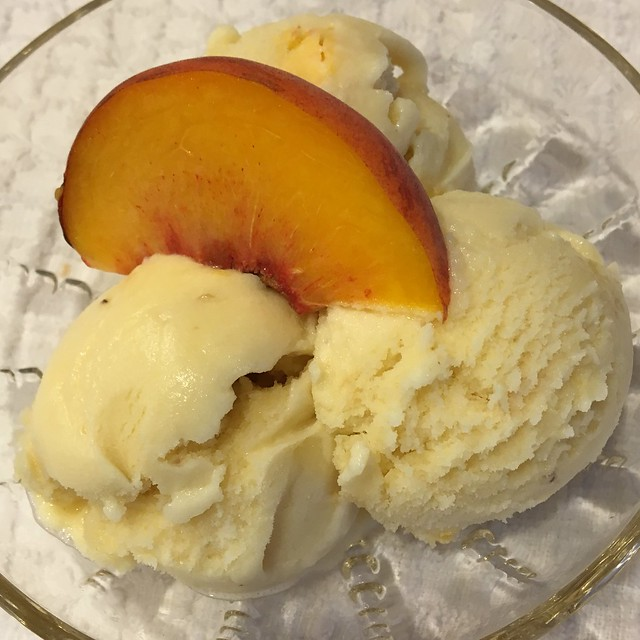 Homemade Peach Icecream