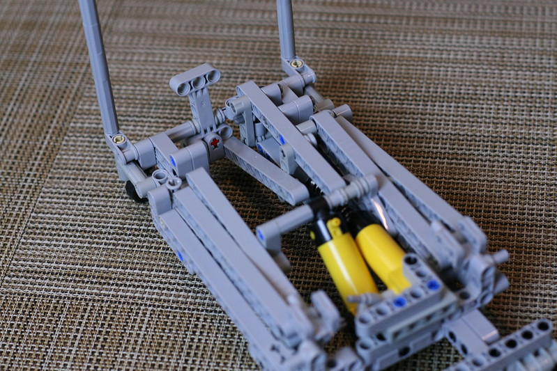 how to make a lego scissor lift