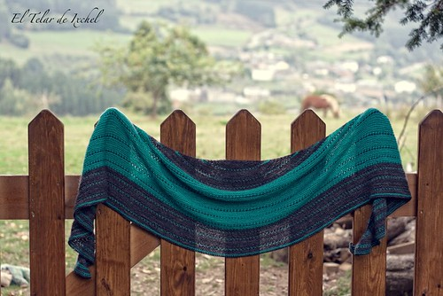 Pearldancer shawl