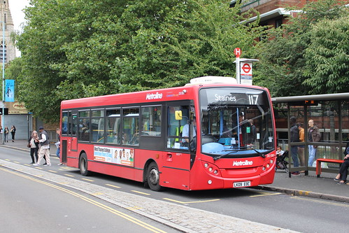Metroline DE1001 on Route 117, Feltham Station