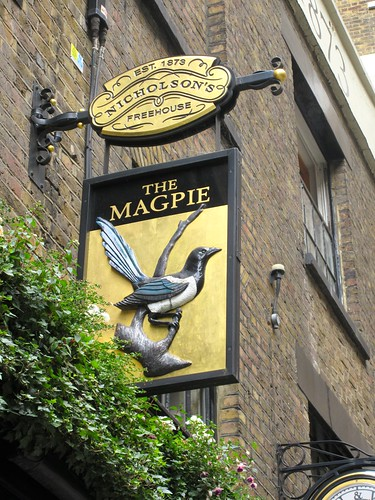 Magpie Pub Sign