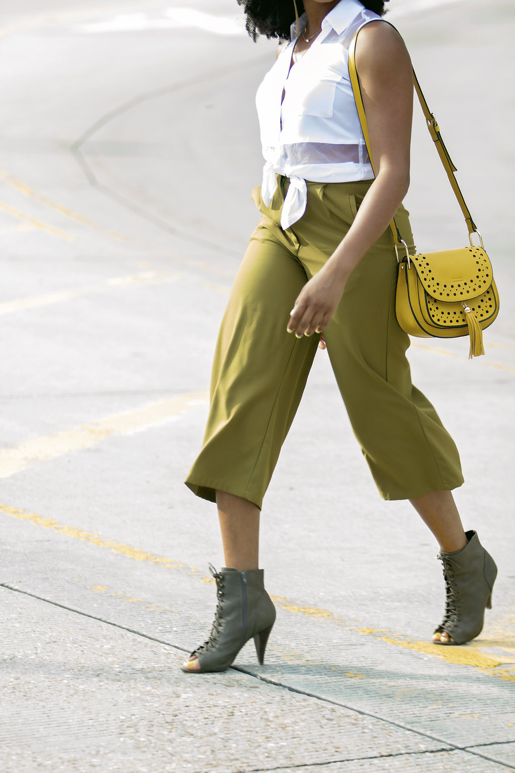 how to wear green culottes, the beauty beau