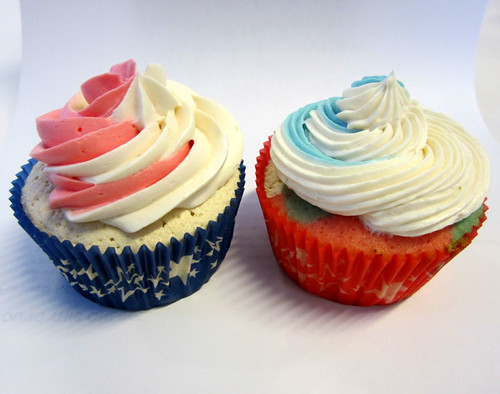 Red, White and Blue Cupcakes | by kjenkinsduffy