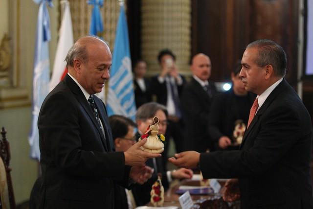 """Se Firma Carta de Entendimiento en el marco del proyecto """"Conservación de la Acrópolis Norte de Tikal"""""""
