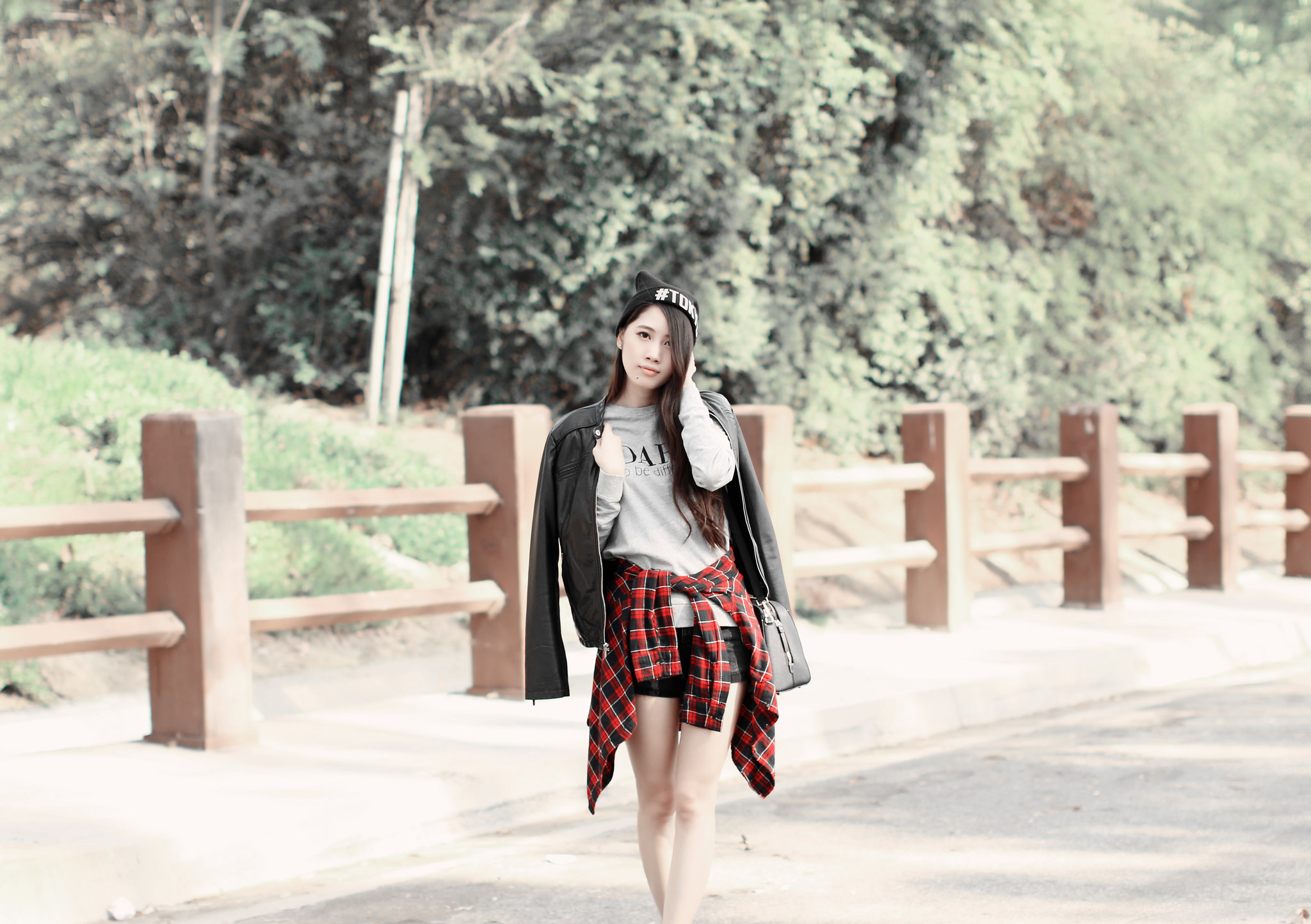 0638-sporty-chic-sweatshirt-ootd-fall2016-autumn-ulzzang-korean-fashion
