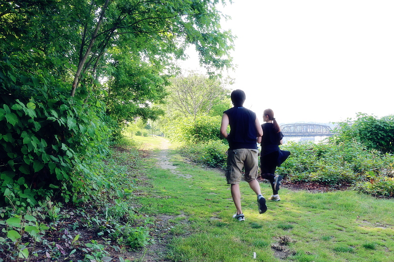 couple-work-out-jogging-6