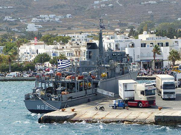 bateau de guerre sur Patmos