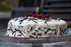 ケーキミックスとフロスティング