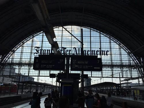 Am Frankfurter Hauptbahnhof