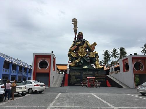 今日のサムイ島 7月29日 フアタノンの中華寺といえば