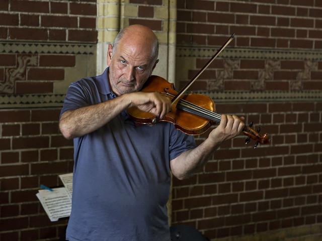 Amsterdam 2016-09-08 4 (violinist 1)