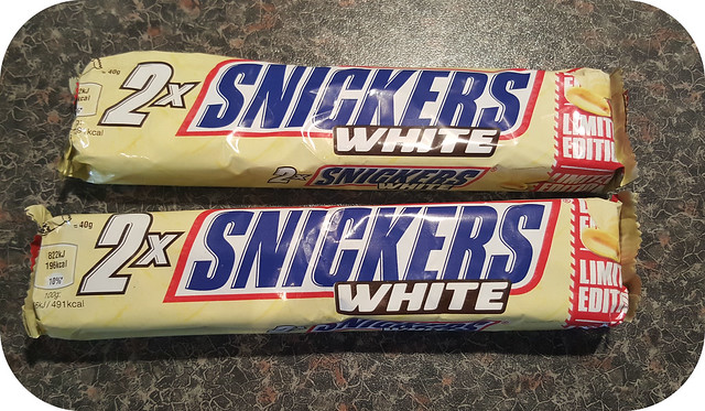 snickers white  Lot-O-Choc: Snickers White Bar