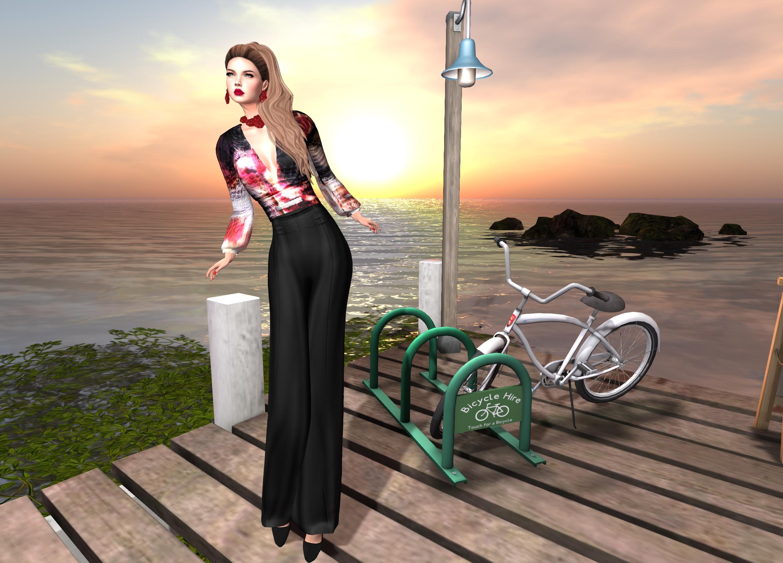 LuceMia - Virtual Diva
