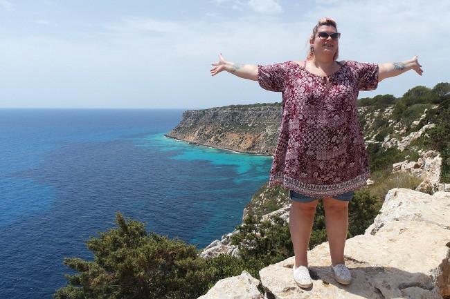 Outfit e viaggi Formentera, faro de La Mola (6)