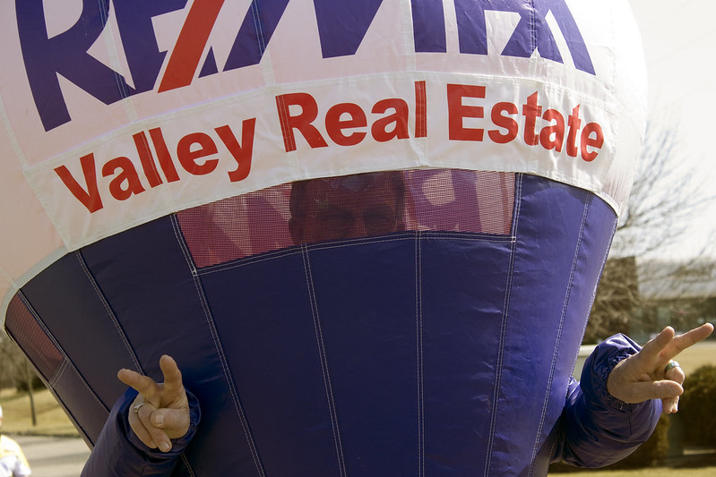 RE/MAX Valley Real Estate