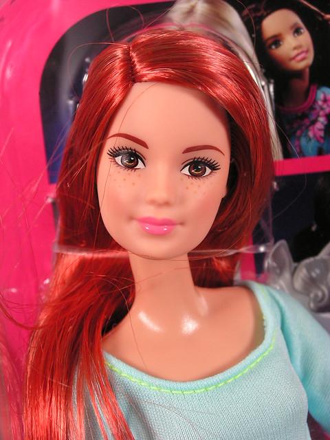 2015 Barbie Made To Move DPP74 (1)