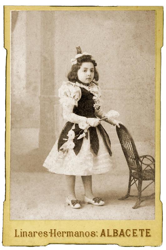 Maria NavarroAño- c. 1890. Propietario- Pilar Serra Navarro hermanos Linares