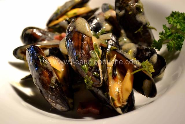 Moules au Jambon & sa Sauce © Ana Luthi Tous droits réservés 16