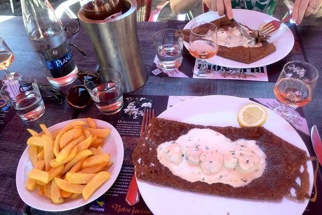 Lunch at Crêperie La Duchesse Anne, Fougeres | www.rachelphipps.com @rachelphipps