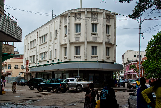 Beira Street Scene