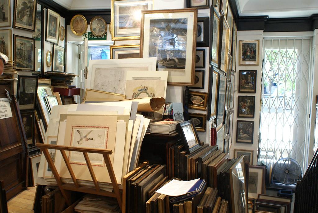 Grosvenor print, un magasin d'antiquités spécialisé dans les vieux papiers à Londres.