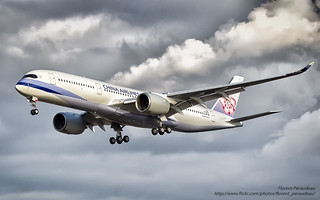 F-WZGV // B-18901 China Airlines Airbus A350-941 - cn 049