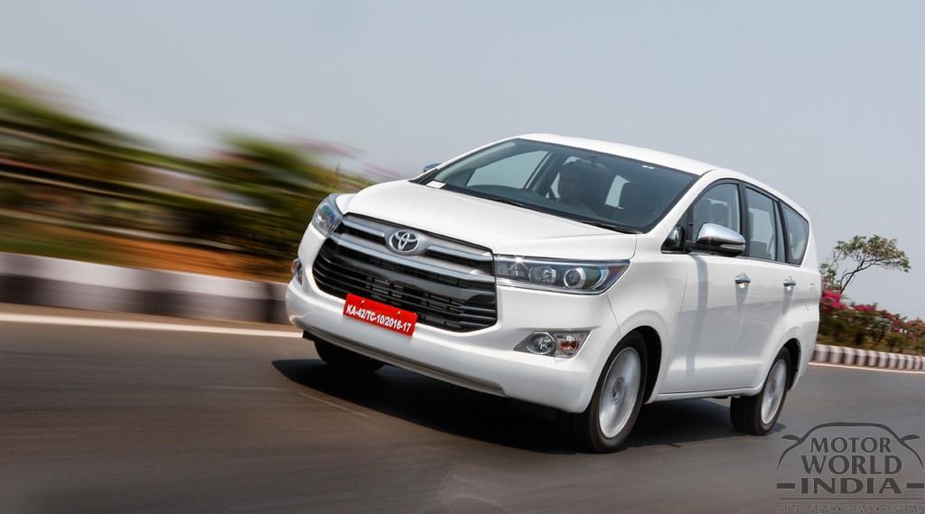Toyota-Innova-Crysta-Front-Three-Quarter (7)