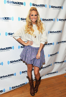 Carrie Underwood | by http://dirtywhorelebrity.com/