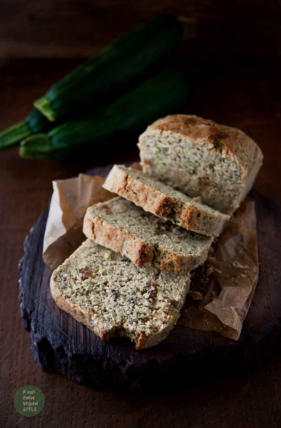 Simple zucchini bread/cake with cinnamon