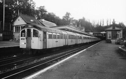 1959 tube stock, High Barnet
