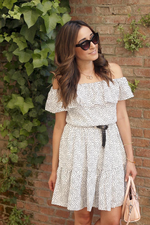 Polka dots dress coach bag black heel brosway jewellery summer outfit06