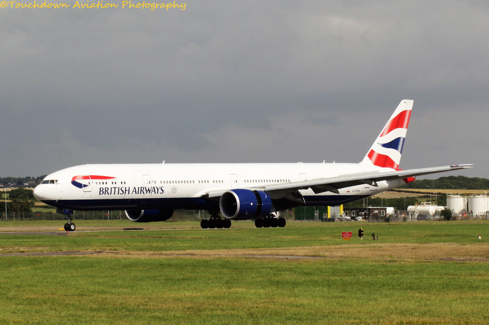 British Airways Boeing 777-300 G-STBL 19AUG16