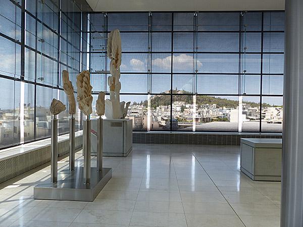 dans le musée de l'acropole