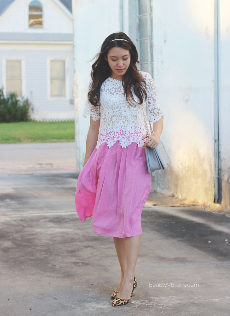 Pink pleated midi skirt and lace scallop top outfit inspiration
