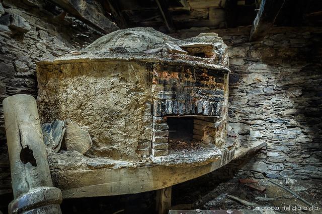 El horno con el que mi abuela hacía pan en Villadepán