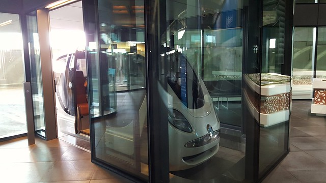 Solar powered driverless car, Masdar Institute
