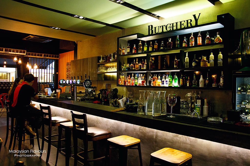 DeButchery Whisky & Wine Lounge Publika