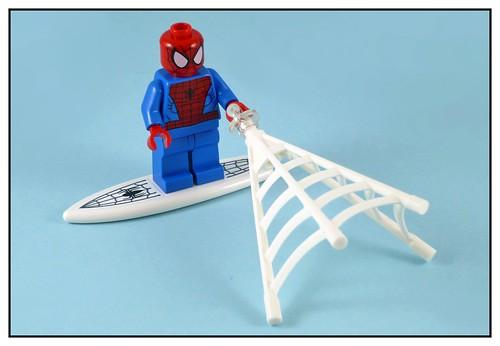 LEGO Marvel Super Heroes 76059 Spider-Man Doc Ock's Tentacle Trap 14