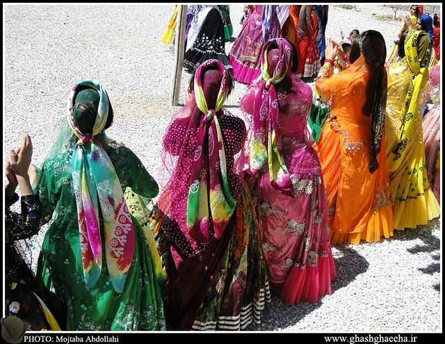 こちらはカシュガイ族の結婚式の様子です。出典:http://www.ghashghaeeha.ir