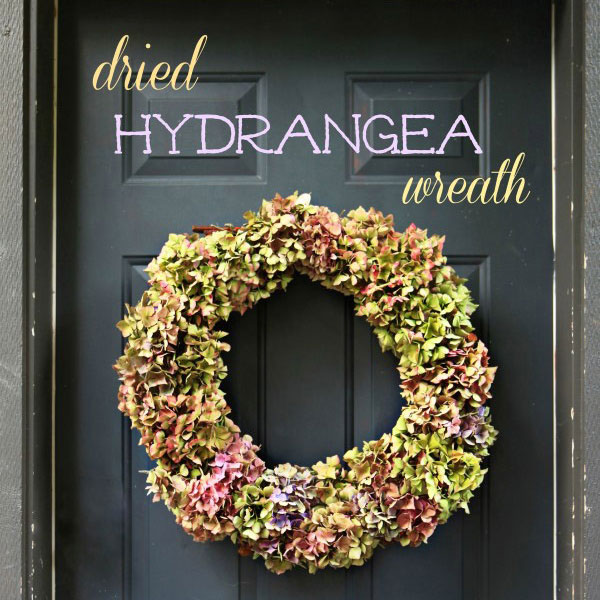 Dried-Hydrangea-Wreath-DIY_600