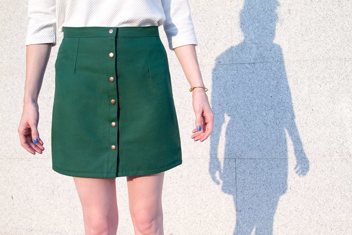 DIY Falda con botones · DIY Button Front Skirt · Fábrica de Imaginación · Tutorial in Spanish