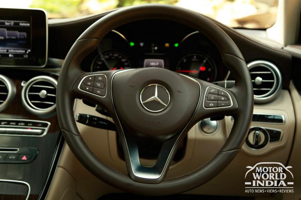 Mercedes-Benz-GLC-Interior-Steering-Wheel