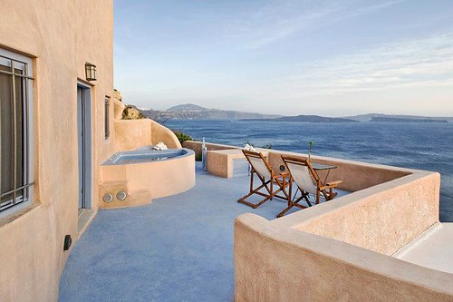 Oia Airbnb 3