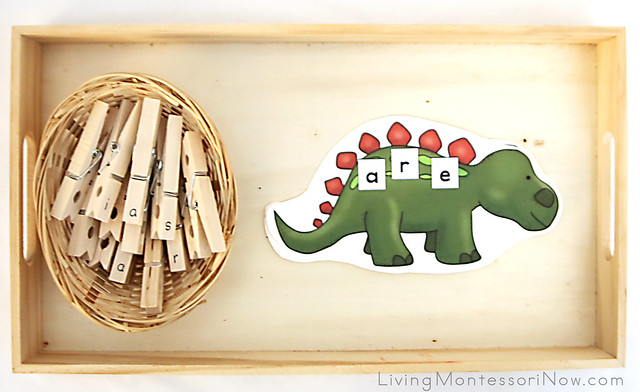 Dinosaur Sight Word (Puzzle Word) Tray