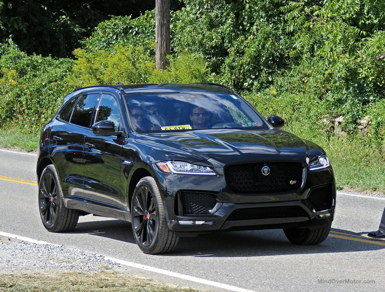 Jaguar F-Pace S Review 6