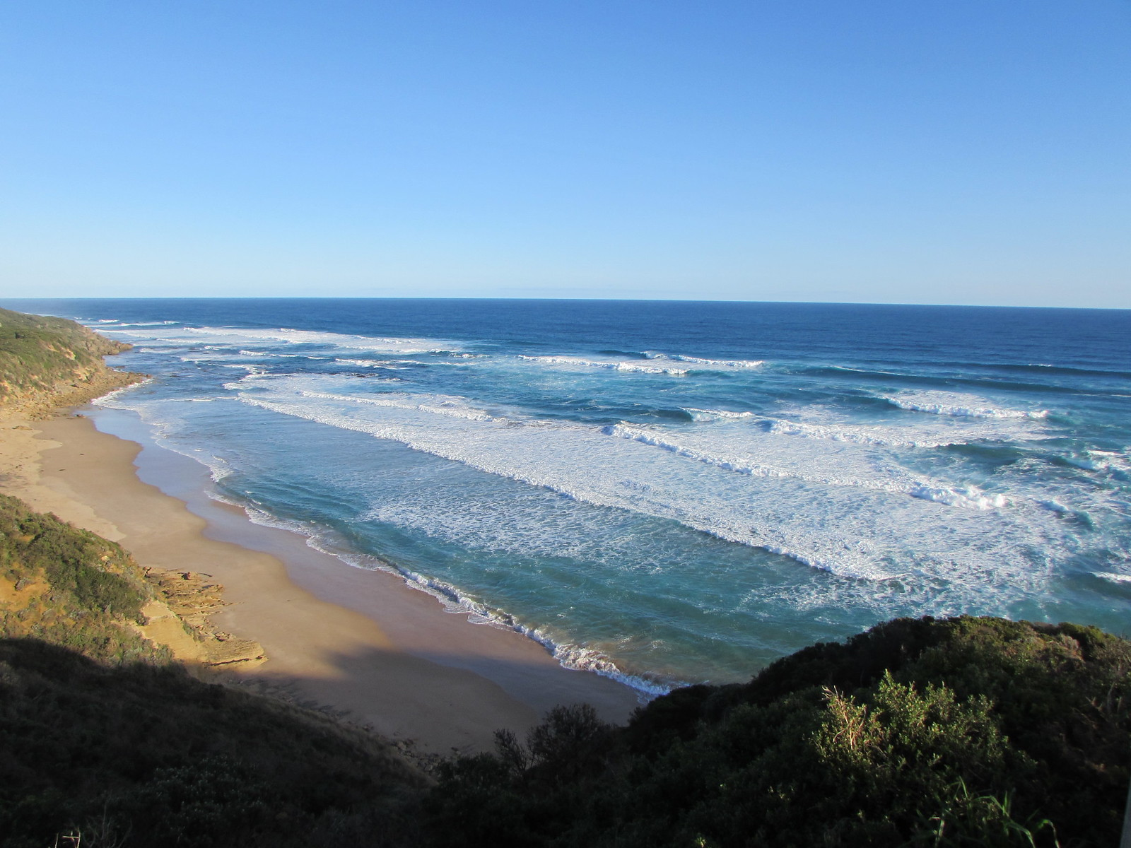 Getting close to Johanna Beach