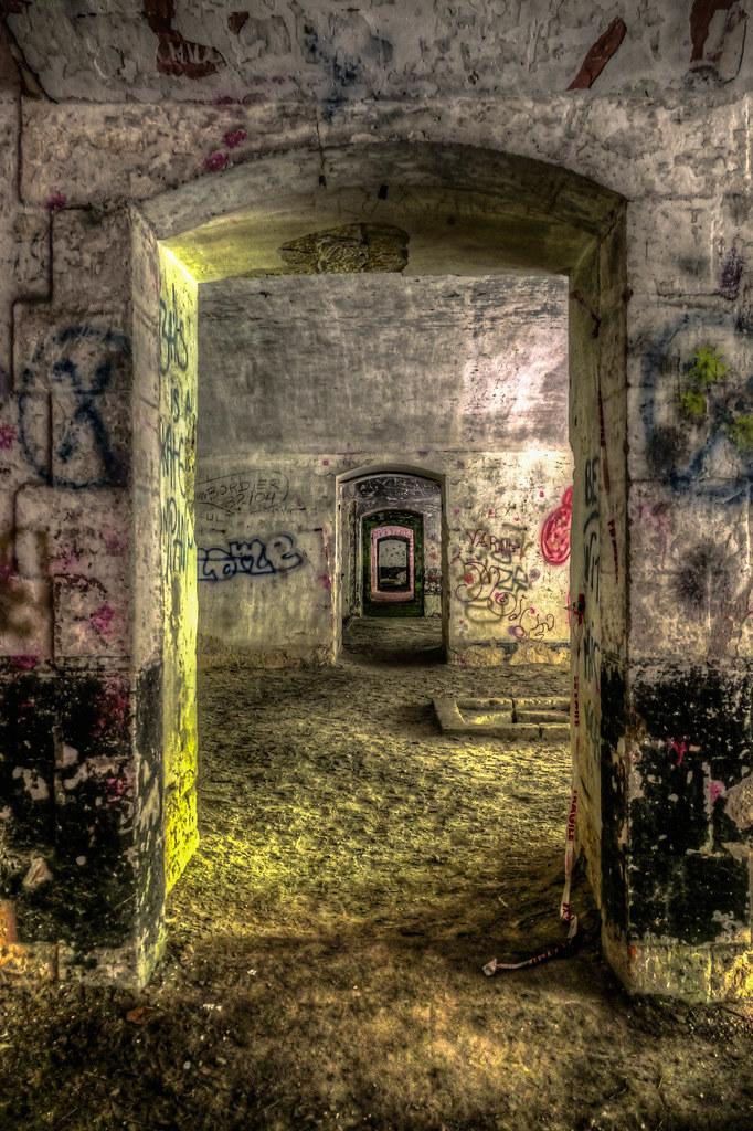 Visite du fort d'ecrouves 28976294441_c94abab5d8_b